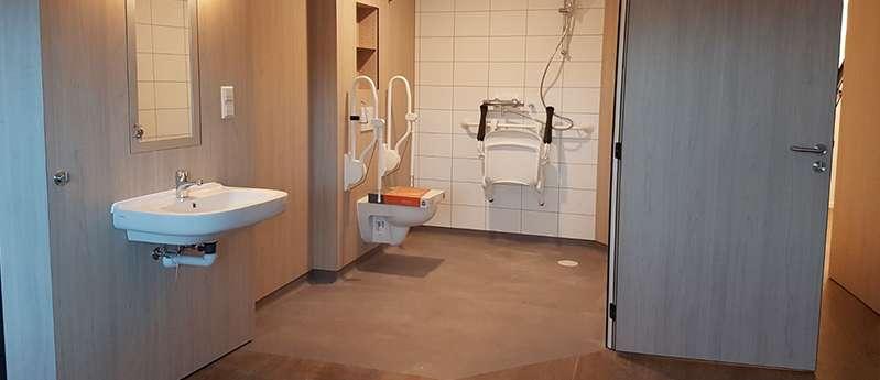 crop toilet